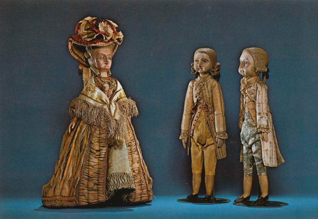 Photo of French dolls from the EC Hall Doll Collection